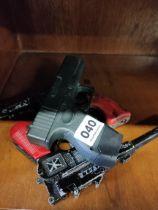 QUANTITY OF TOY GUNS