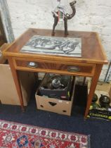 ANTIQUE 1 DRAWER SIDE TABLE