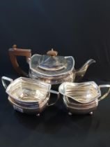3 PIECE SILVER TEA SERVICE, TEA, SUGAR AND MILK APPROX 1030G CHESTER 1927/28 BY S.D.N