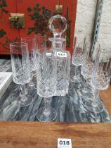DECANTER + EIGHT GLASSES