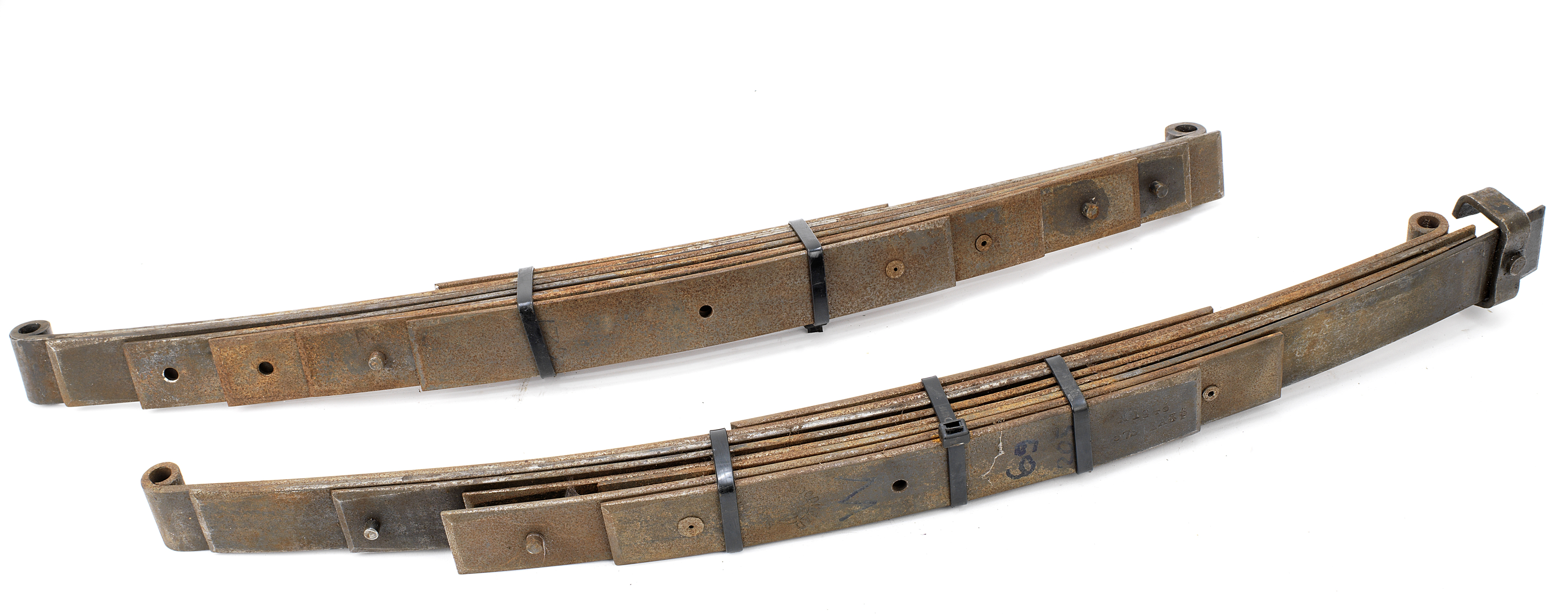 A pair of front leaf springs to fit Bugatti 57/57s, ((2))