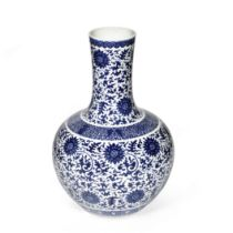 A LARGE BLUE AND WHITE 'LOTUS' BOTTLE VASE, TIANQIUPING Qianlong seal mark, late Qing Dynasty