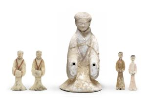 FIVE PAINTED POTTERY FIGURES OF ATTENDANTS Western Han Dynasty (5)