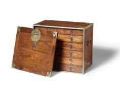 A RARE HUANGHUALI MEDICINE CHEST WITH DRAWERS, YAOXIANG Late Ming Dynasty