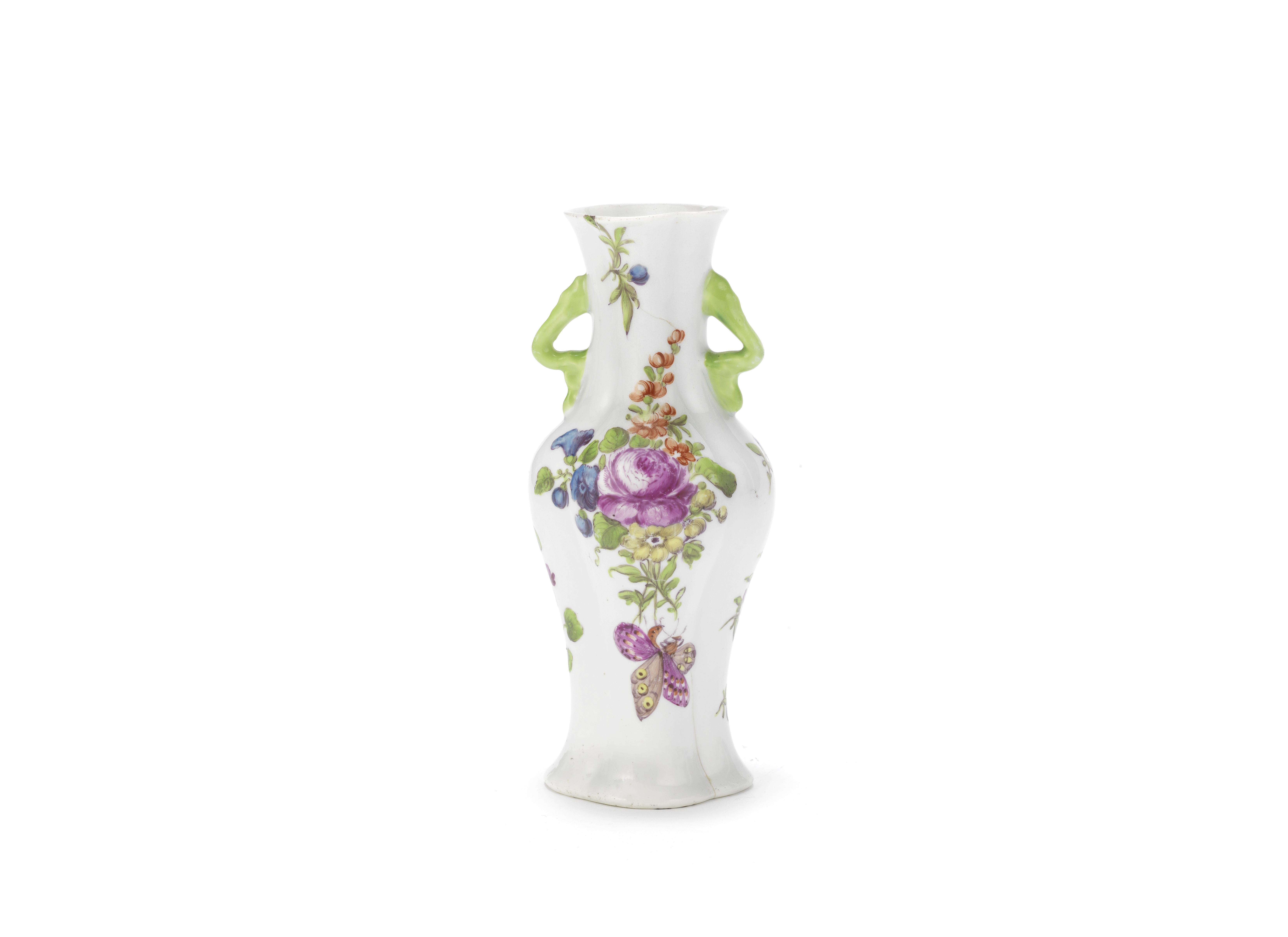 A Worcester vase, circa 1758