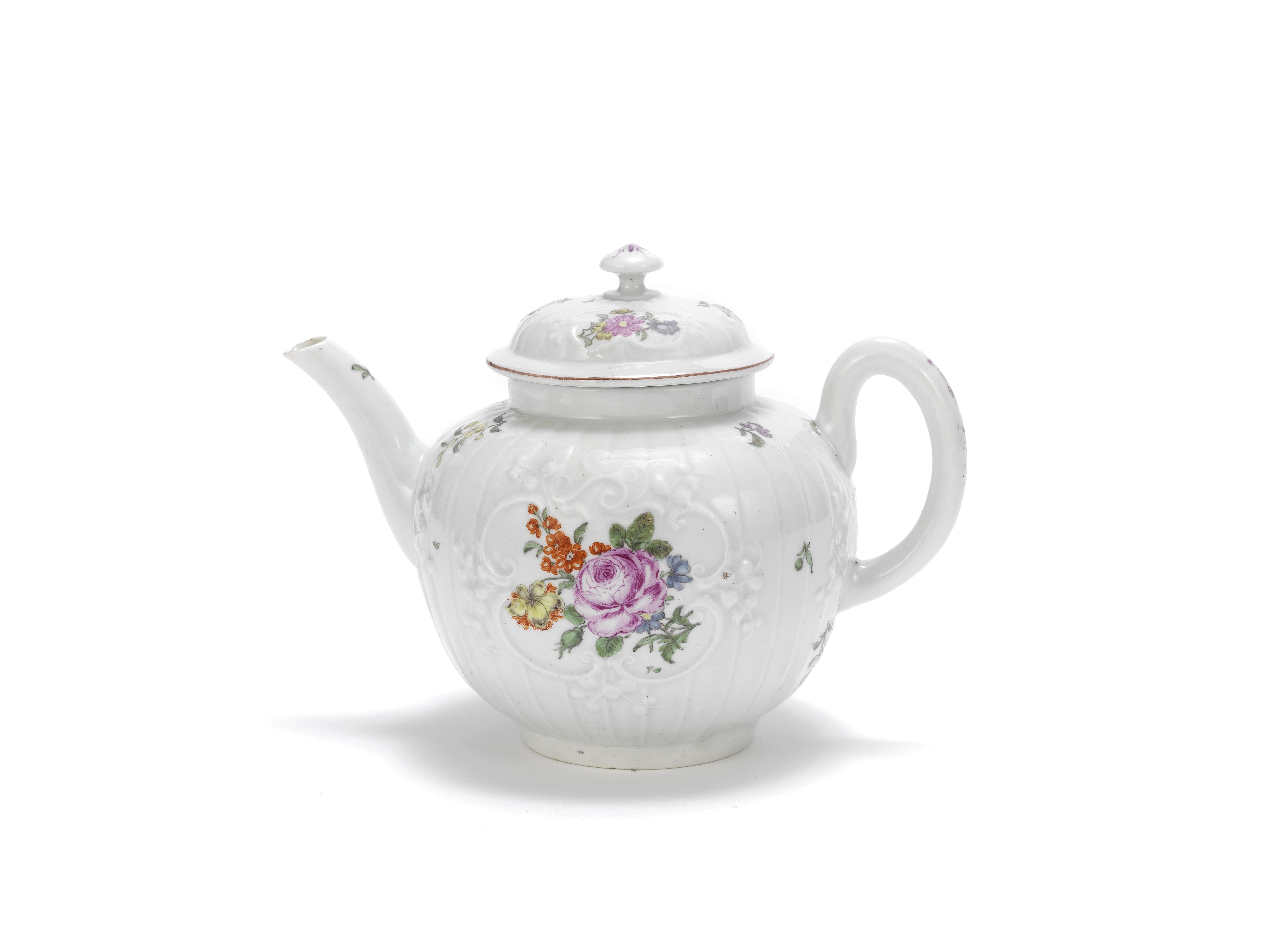 A Worcester teapot and cover, circa 1758