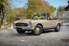 1970 Mercedes-Benz Pagoda 280SL with hardtop Chassis no. 113.044-12-015504