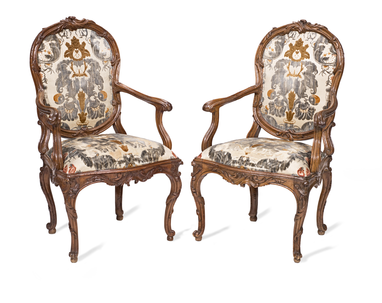 A pair of Italian 18th century walnut open armchairs (2)