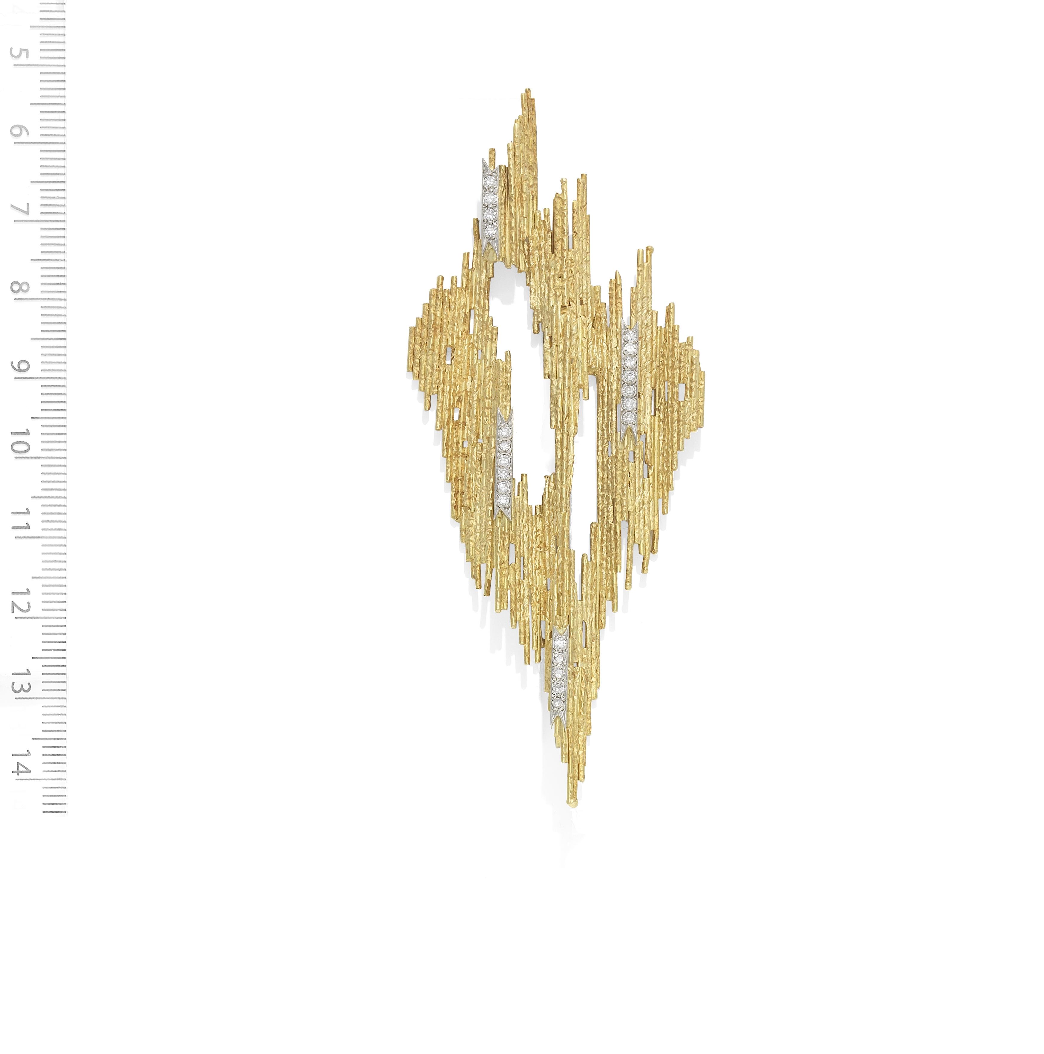 GRIMA: GOLD AND DIAMOND-SET BROOCH/PENDANT, 1974