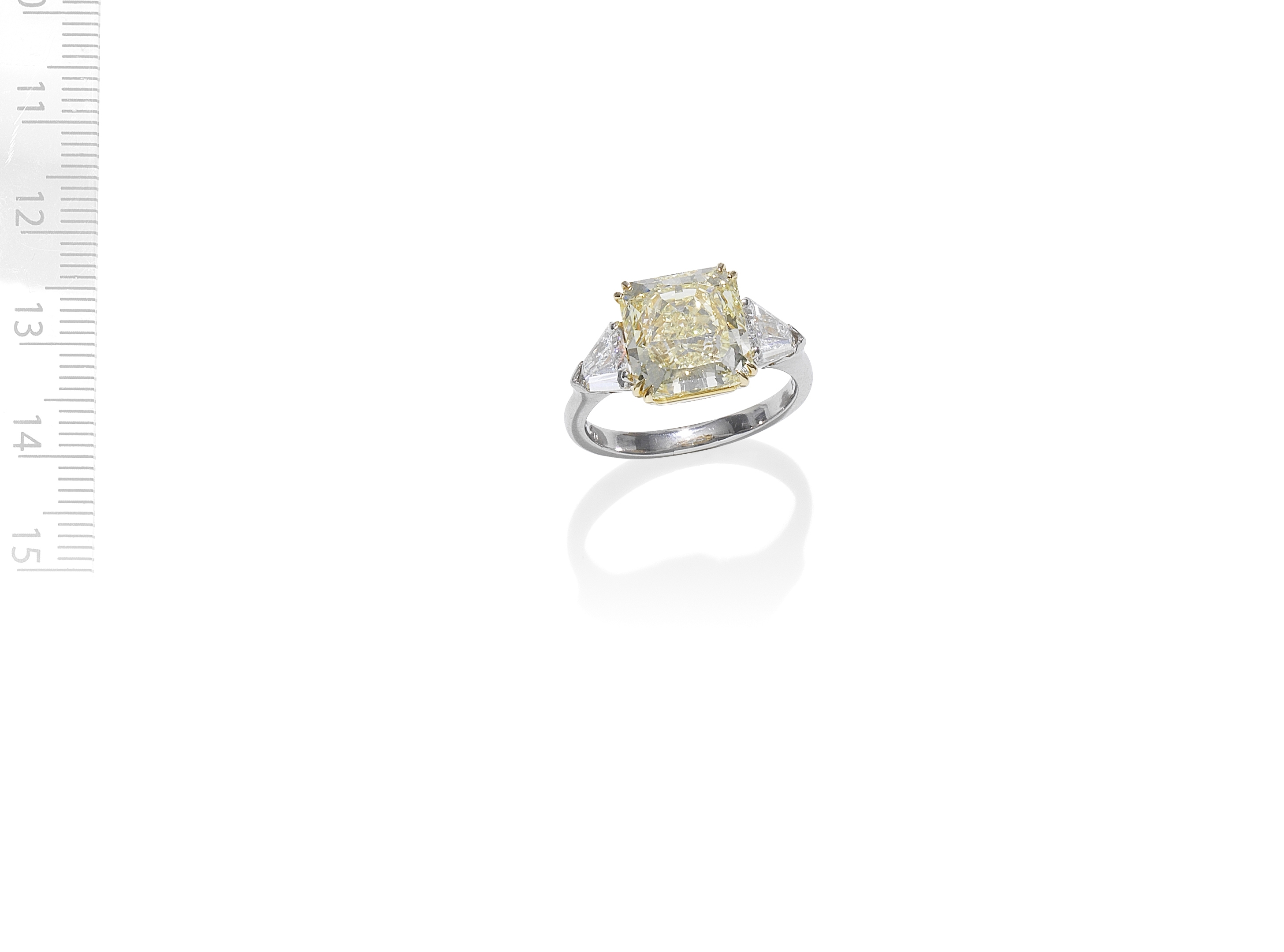 FANCY-COLOURED DIAMOND SINGLE-STONE RING