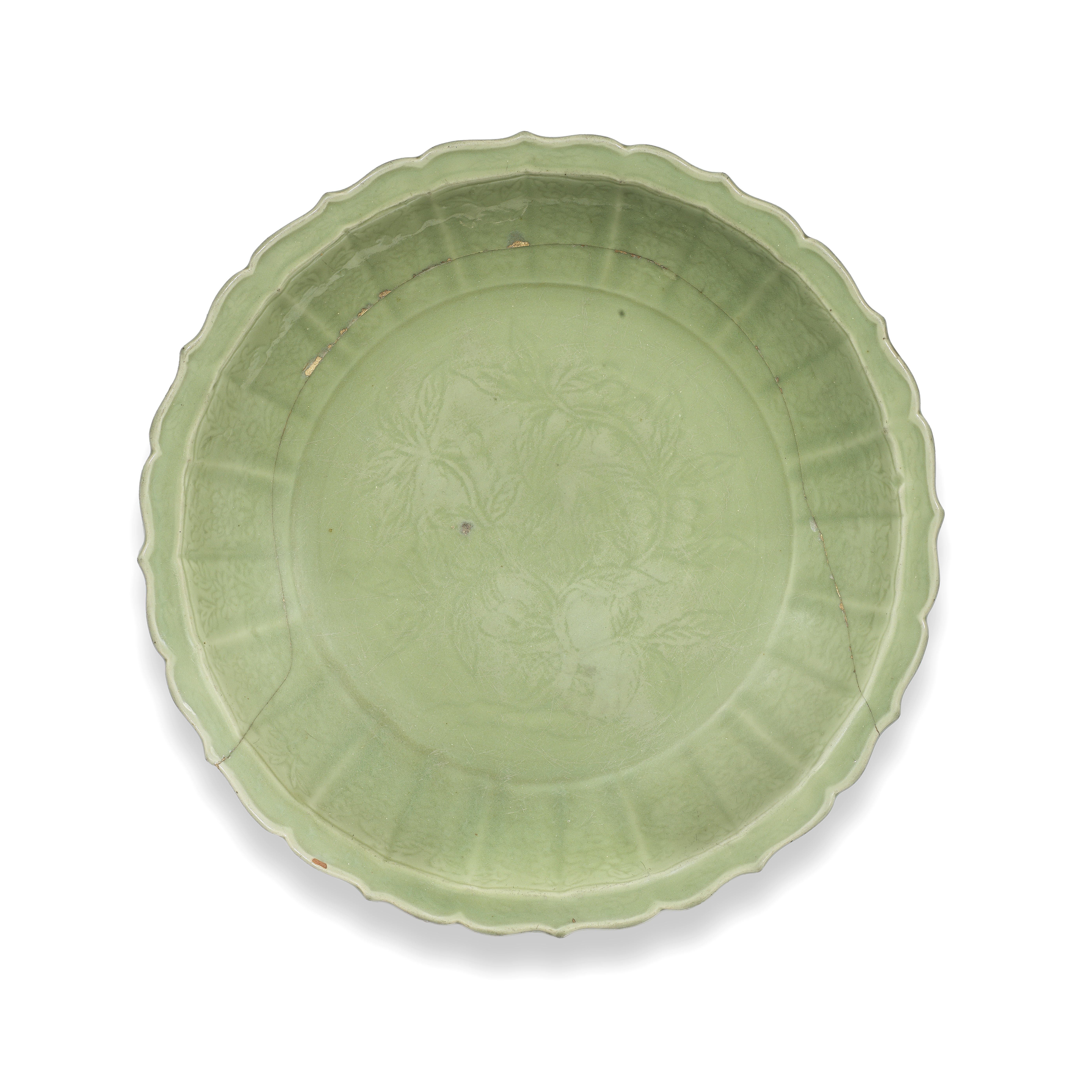 A RARE LONGQUAN CELADON-GLAZED BARBED-RIM 'LOQUATS' DISH Late 14th/early 15th century
