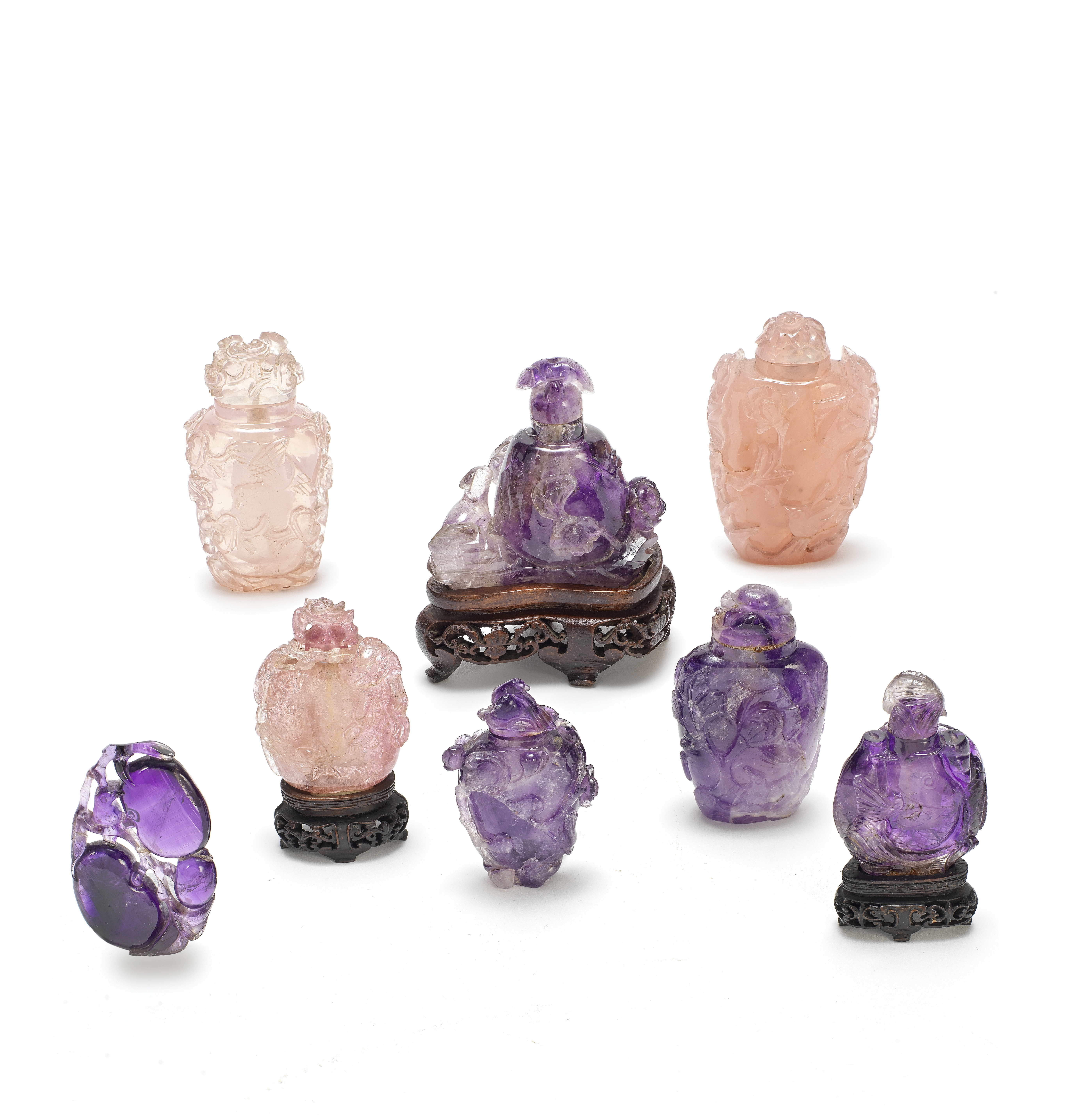 A TOURMALINE, FOUR AMETHYST AND TWO ROSE-QUARTZ SNUFF BOTTLES TOGETHER WITH AN AMETHYST PENDANT Q...