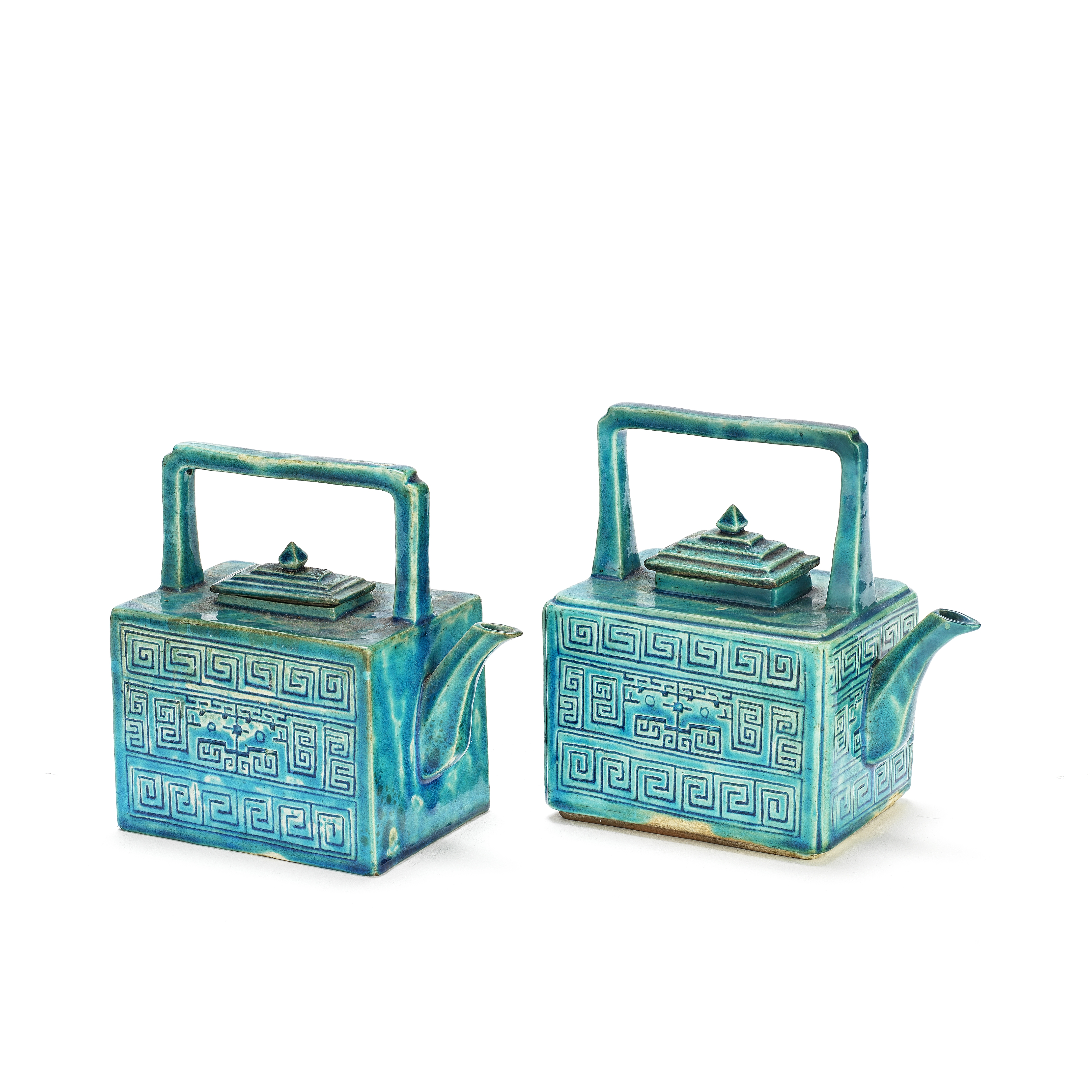 A NEAR PAIR OF TURQUOISE-GLAZED TEA KETTLES AND COVERS Qing Dynasty (4)