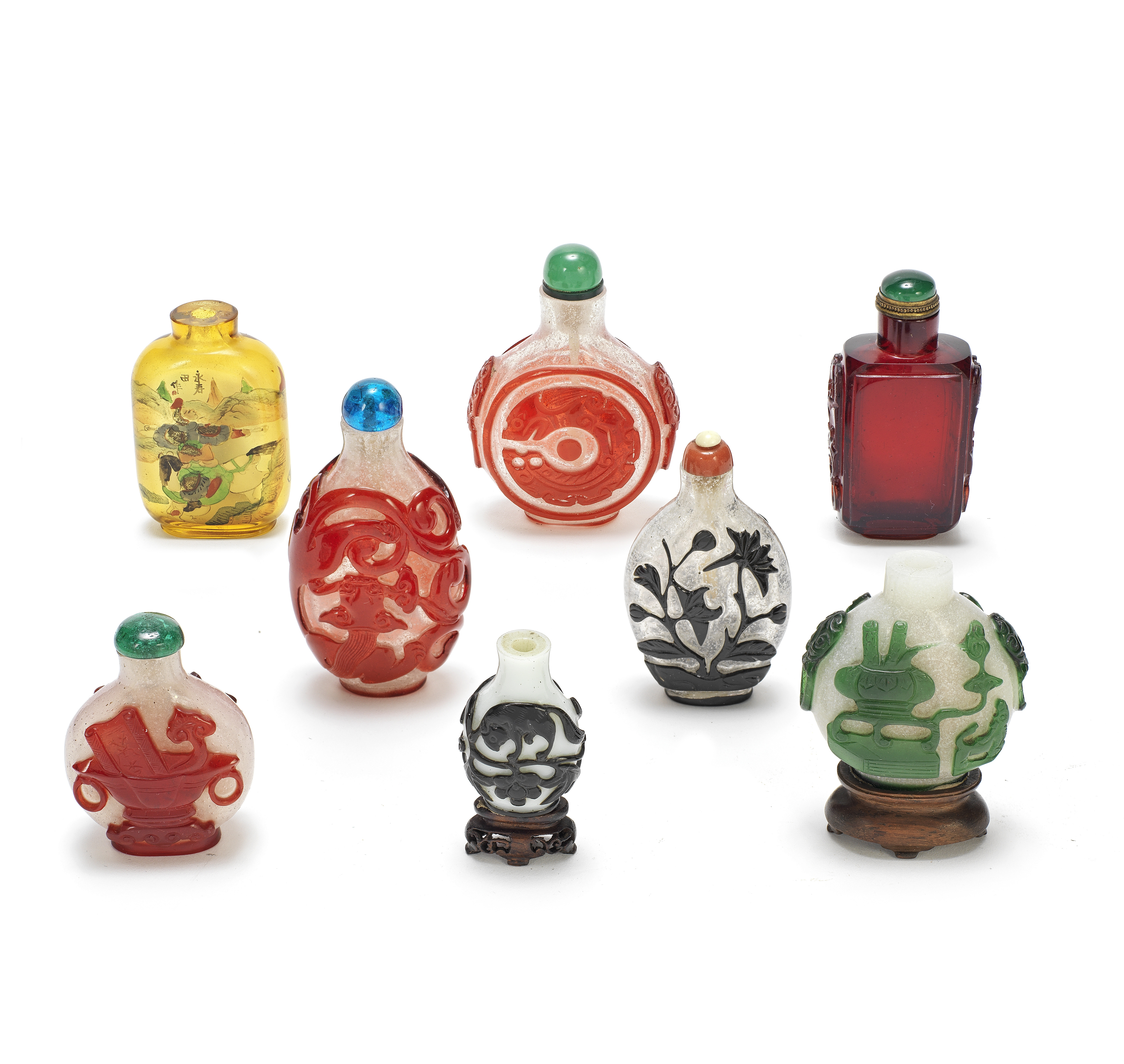 EIGHT GLASS SNUFF BOTTLES 18th/19th century and later (15)