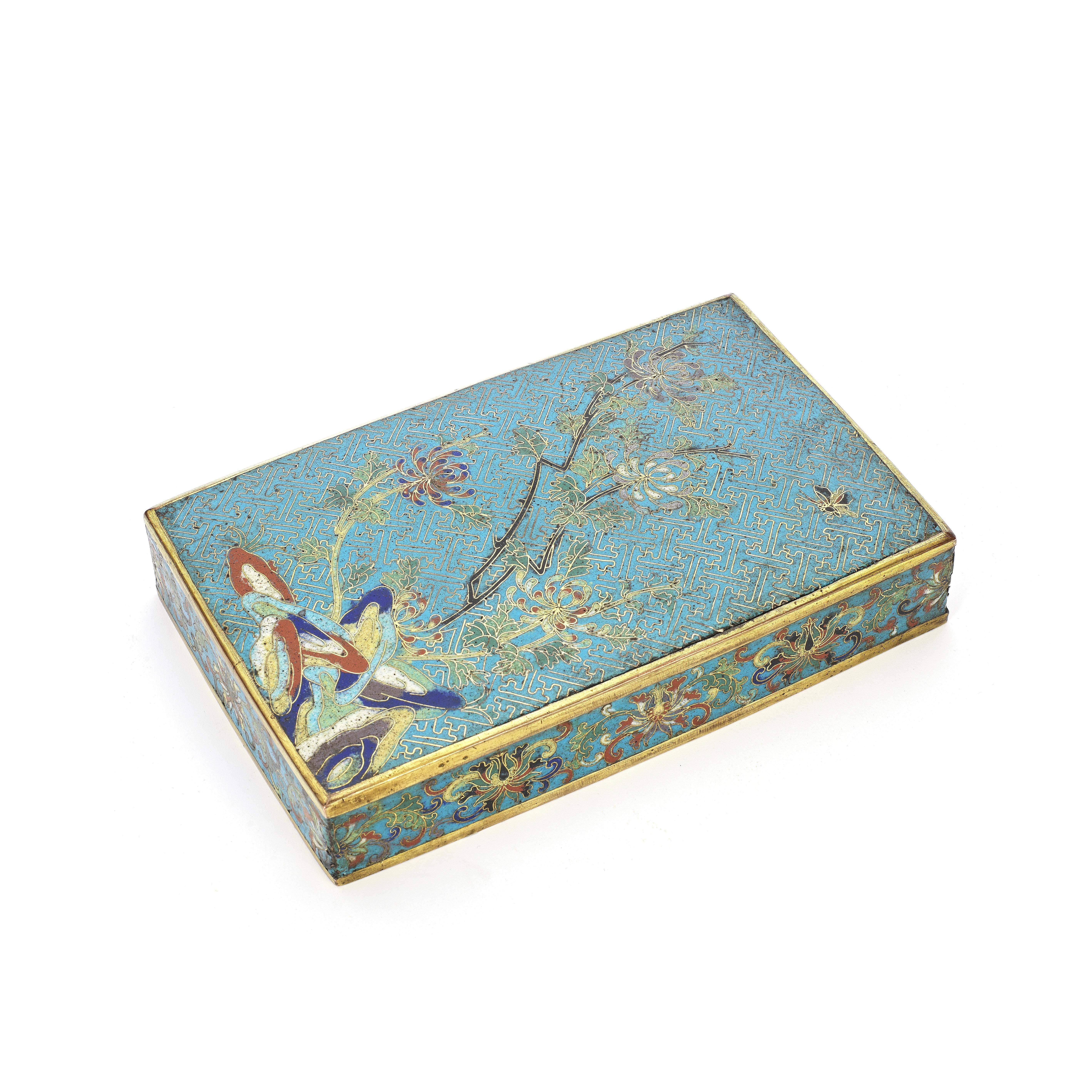 A CLOISONNÉ-ENAMEL RECTANGULAR BOX COVER AND COPPER-ALLOY BOX The cover Qianlong (2)