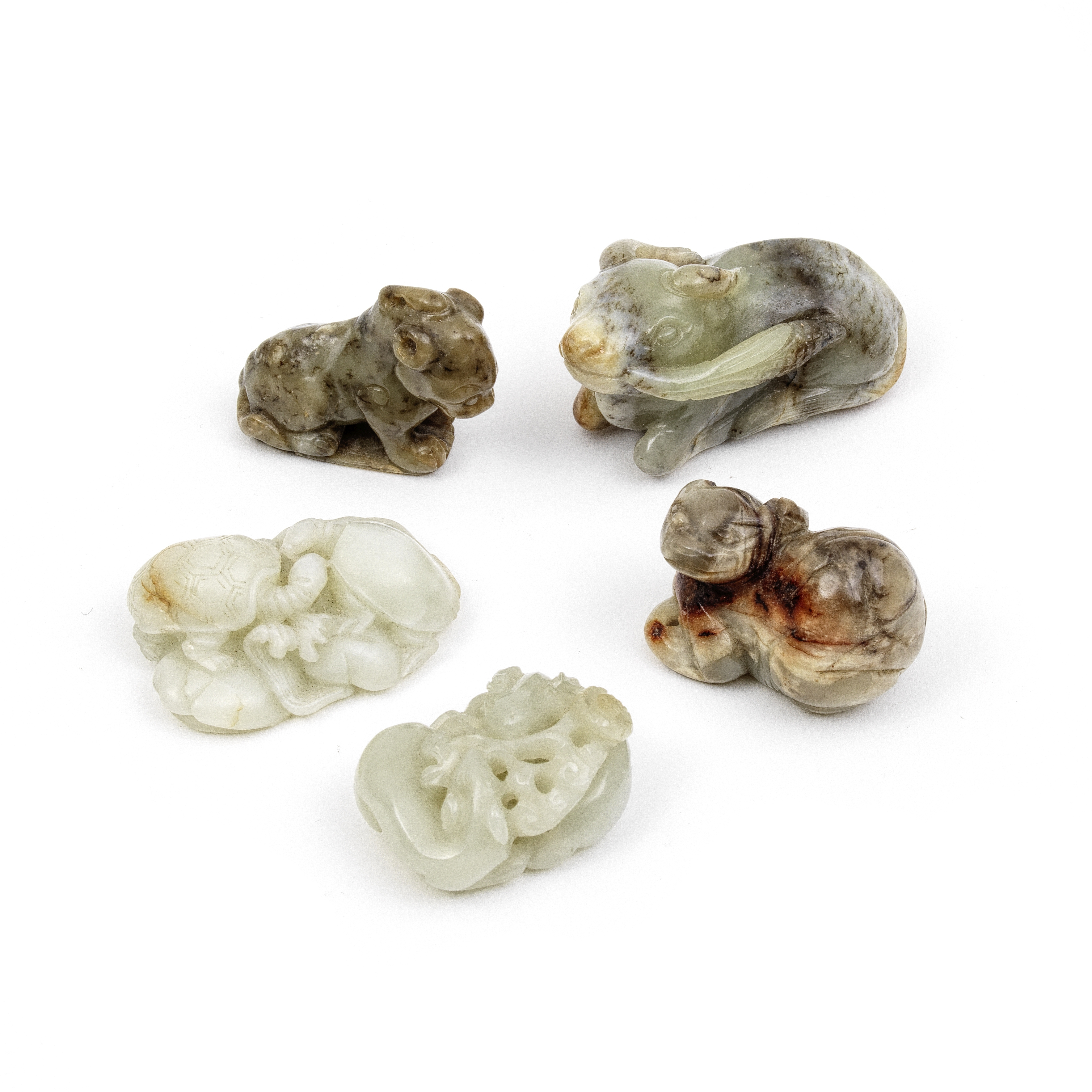 A GROUP OF FIVE JADE ANIMALS Qing Dynasty and later (5)