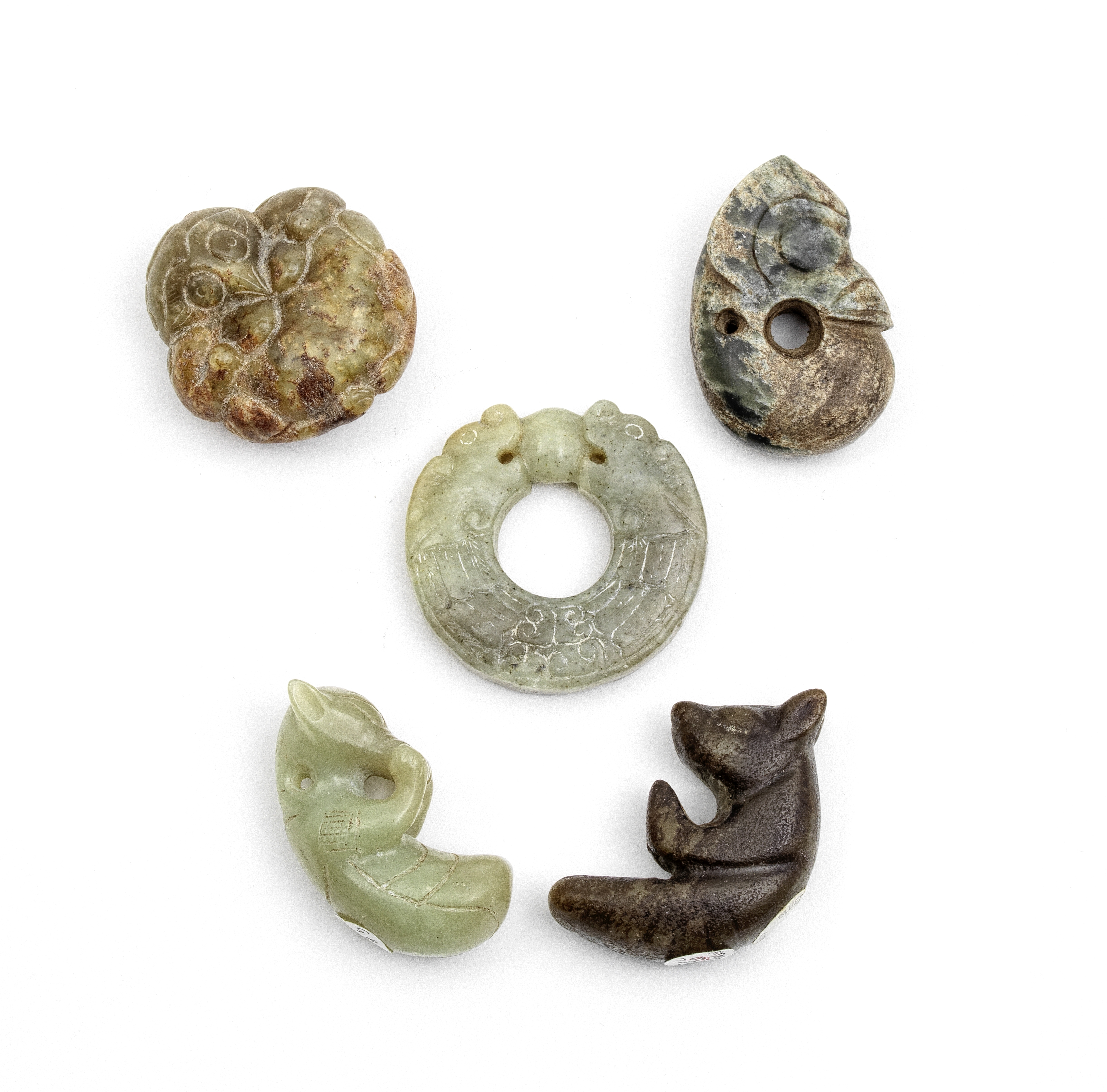 A GROUP OF FIVE ARCHAISTIC JADE CARVINGS (5)