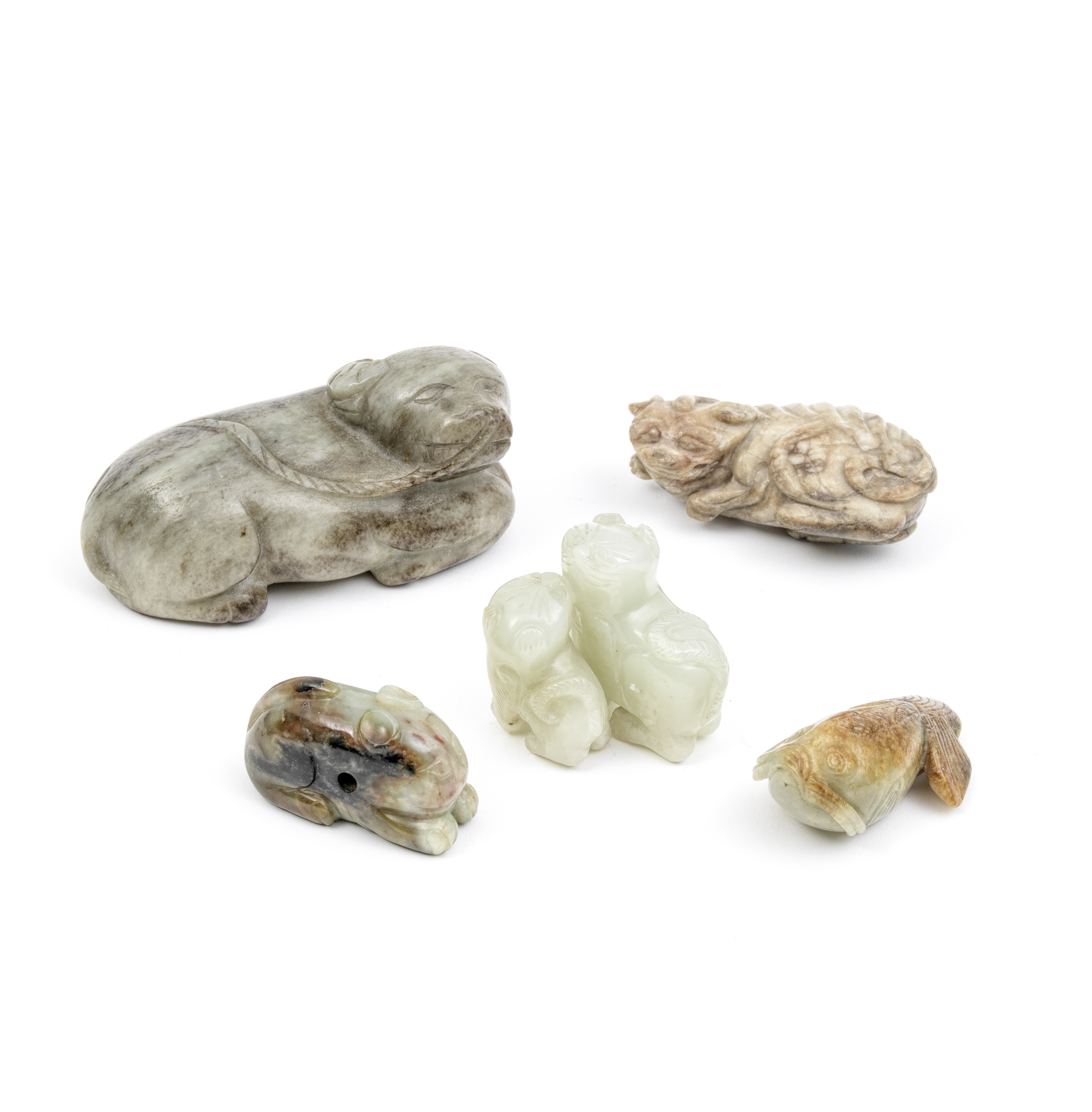 A GROUP OF FOUR JADE AND ONE JADEITE ANIMAL CARVINGS Late Qing Dynasty and later (5)