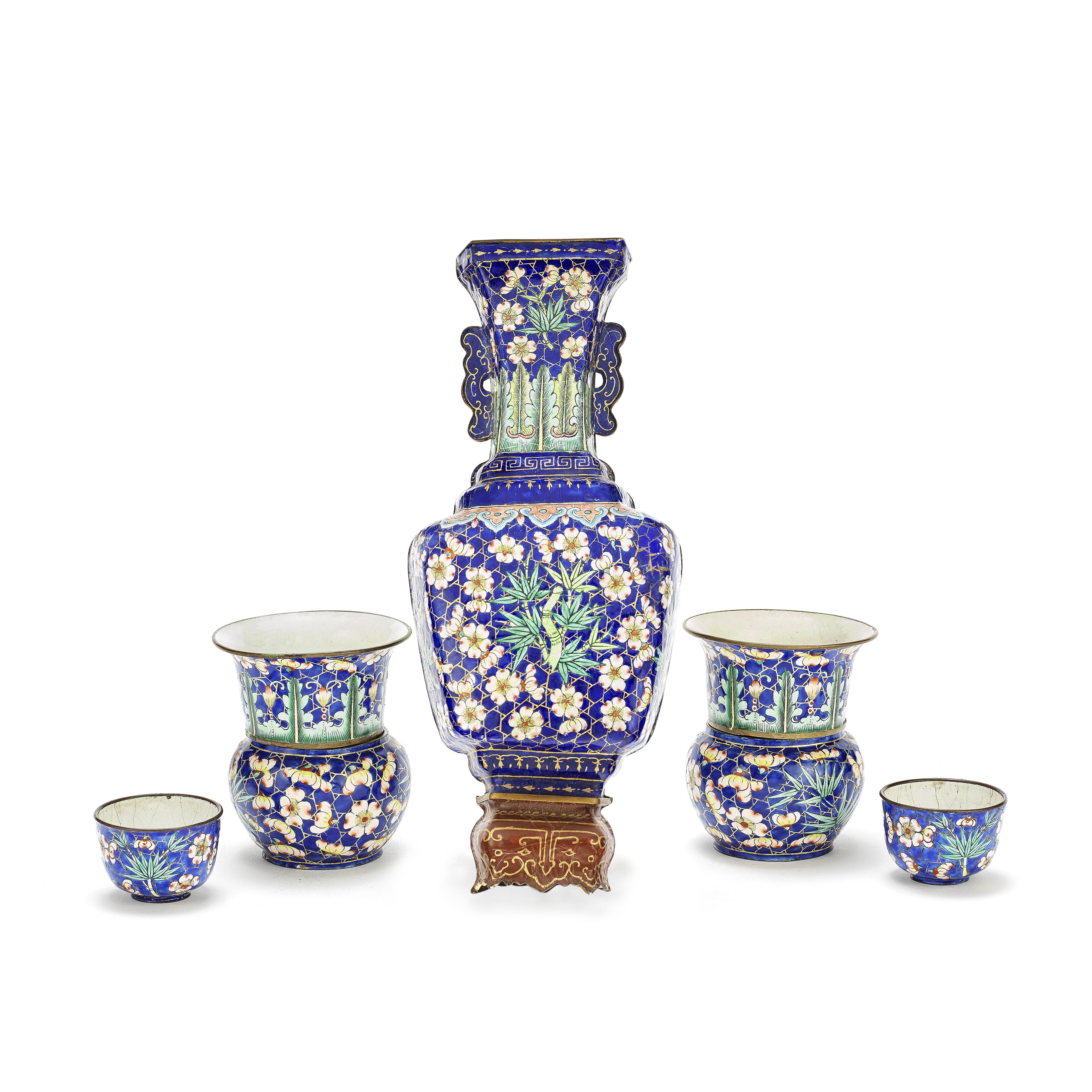 AN ASSOCIATED GROUP OF PAINTED ENAMEL WARES Qing Dynasty (7)
