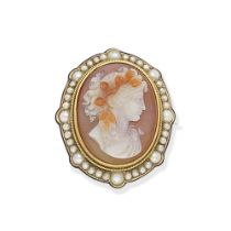 HARDSTONE CAMEO AND SEED PEARL BROOCH/PENDANT, CIRCA 1890