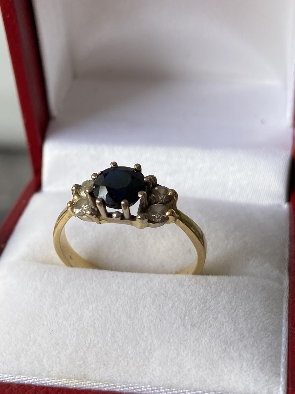 An 18ct gold ladies sapphire & diamond set ring [diameter 6mm] [size M] [2.89g] - Image 8 of 10