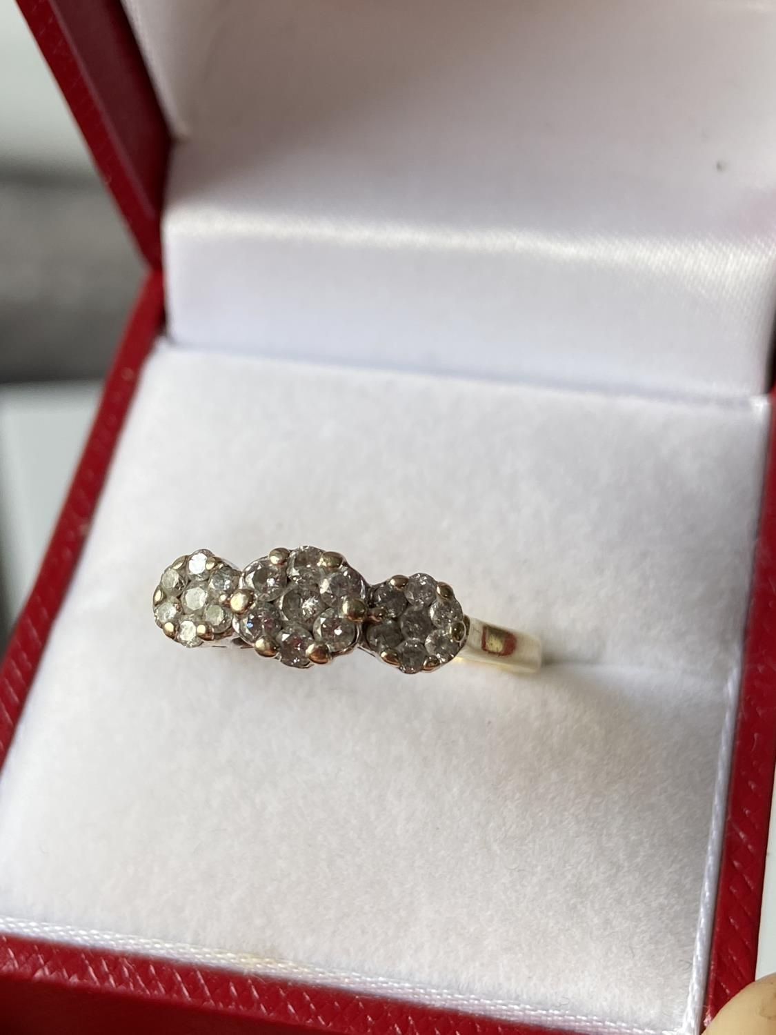 An 18ct gold [tested] diamond cluster ring [0.50ct] [size, O] [3.29g] - Image 8 of 10