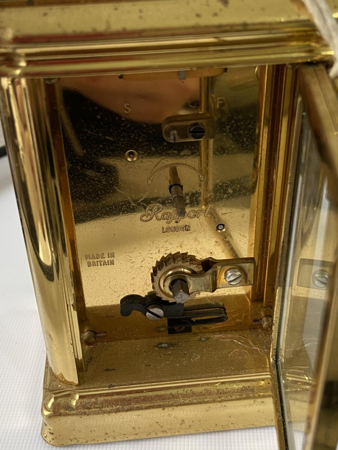 Antique heavy brass carriage clock [Rapport London] [MVT No 1800] in a working condition and with - Image 8 of 12