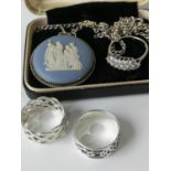 A Silver & Wedgwood pendant with silver chain and box. Together with three 925 silver rings.