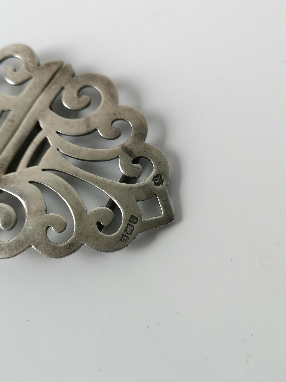 A Birmingham silver belt buckle [10cm in length] [37.16grams] - Image 2 of 3