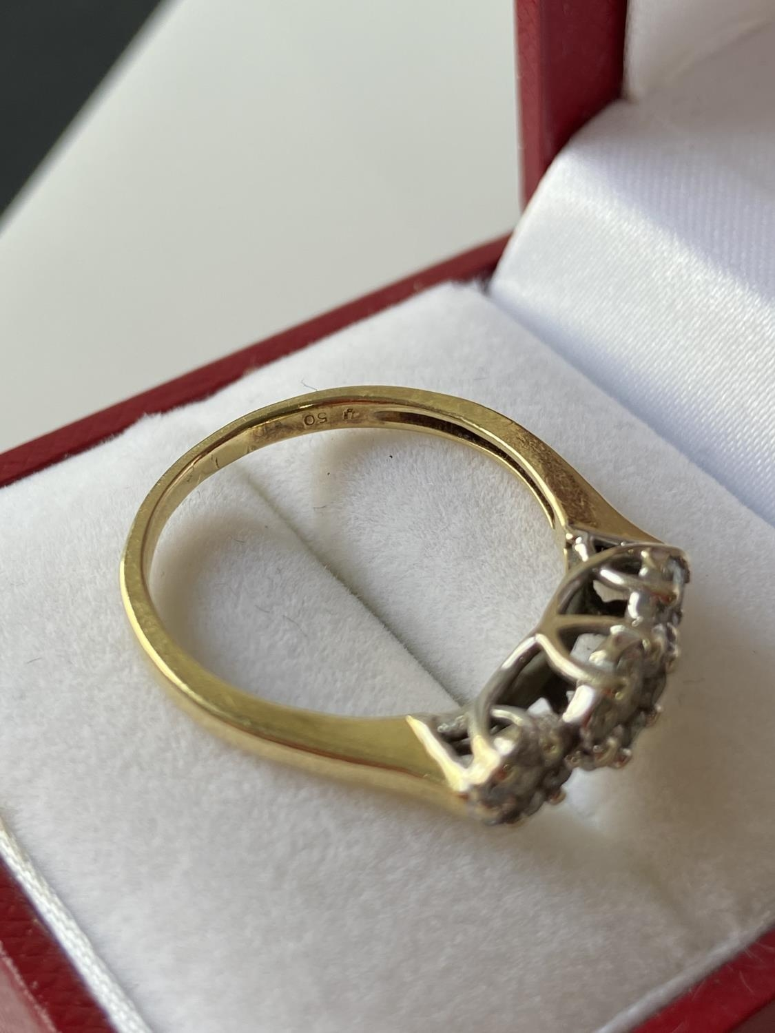An 18ct gold [tested] diamond cluster ring [0.50ct] [size, O] [3.29g] - Image 9 of 10