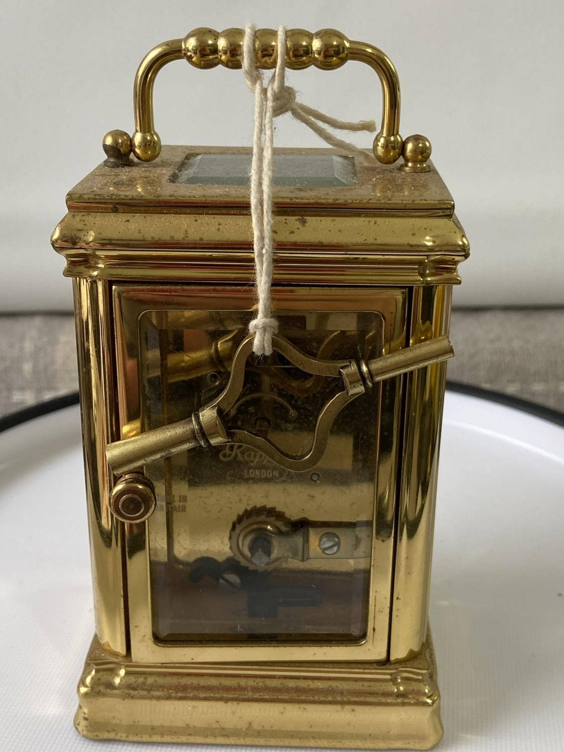 Antique heavy brass carriage clock [Rapport London] [MVT No 1800] in a working condition and with - Image 5 of 12
