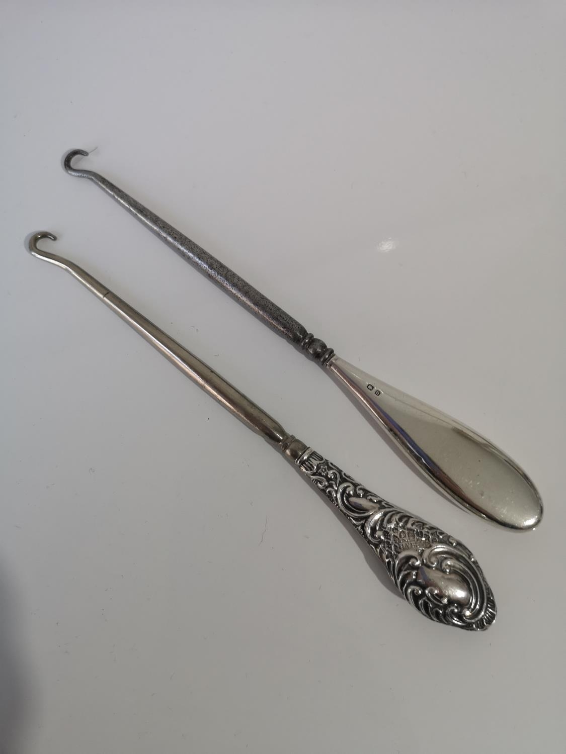 A LOT OF TWO SILVER HANDLE BUTTON HOOKS TO INCLUDE MAKES H V PITHY & CO- BIRMINGHAM 1908 & 1912 - Image 2 of 2