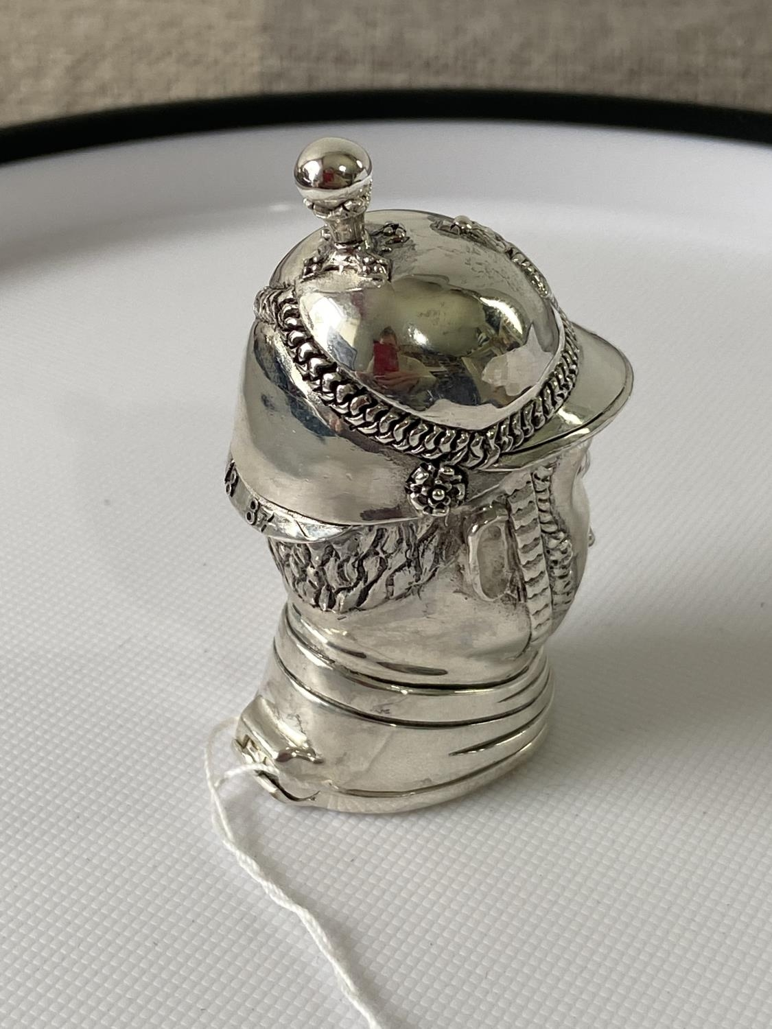 A Silver plated vesta case in the form of a policeman [6.2cm in length] - Image 3 of 10
