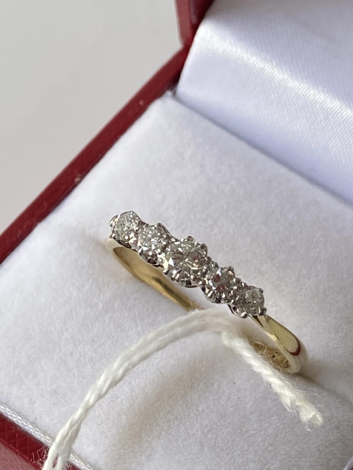 An 18ct gold ladies ring set with 5 brilliant white diamonds [1 inclusion] [size T] [2.73g] - Image 6 of 10