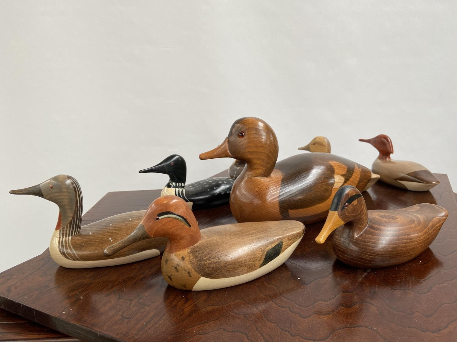 A Collection of hand carved wooden duck decoy sculptures by Jim Harkness. - Image 5 of 11