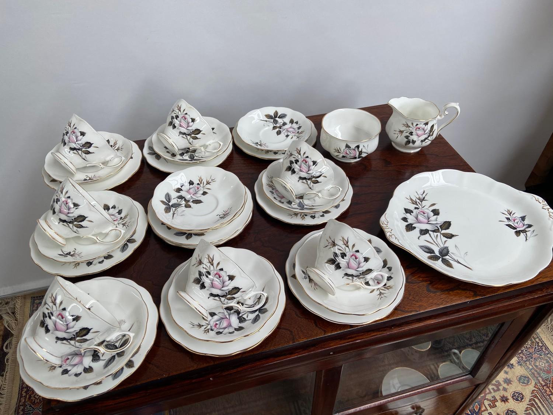 A Vintage Royal Albert part tea set titled 'Queens Messenger'