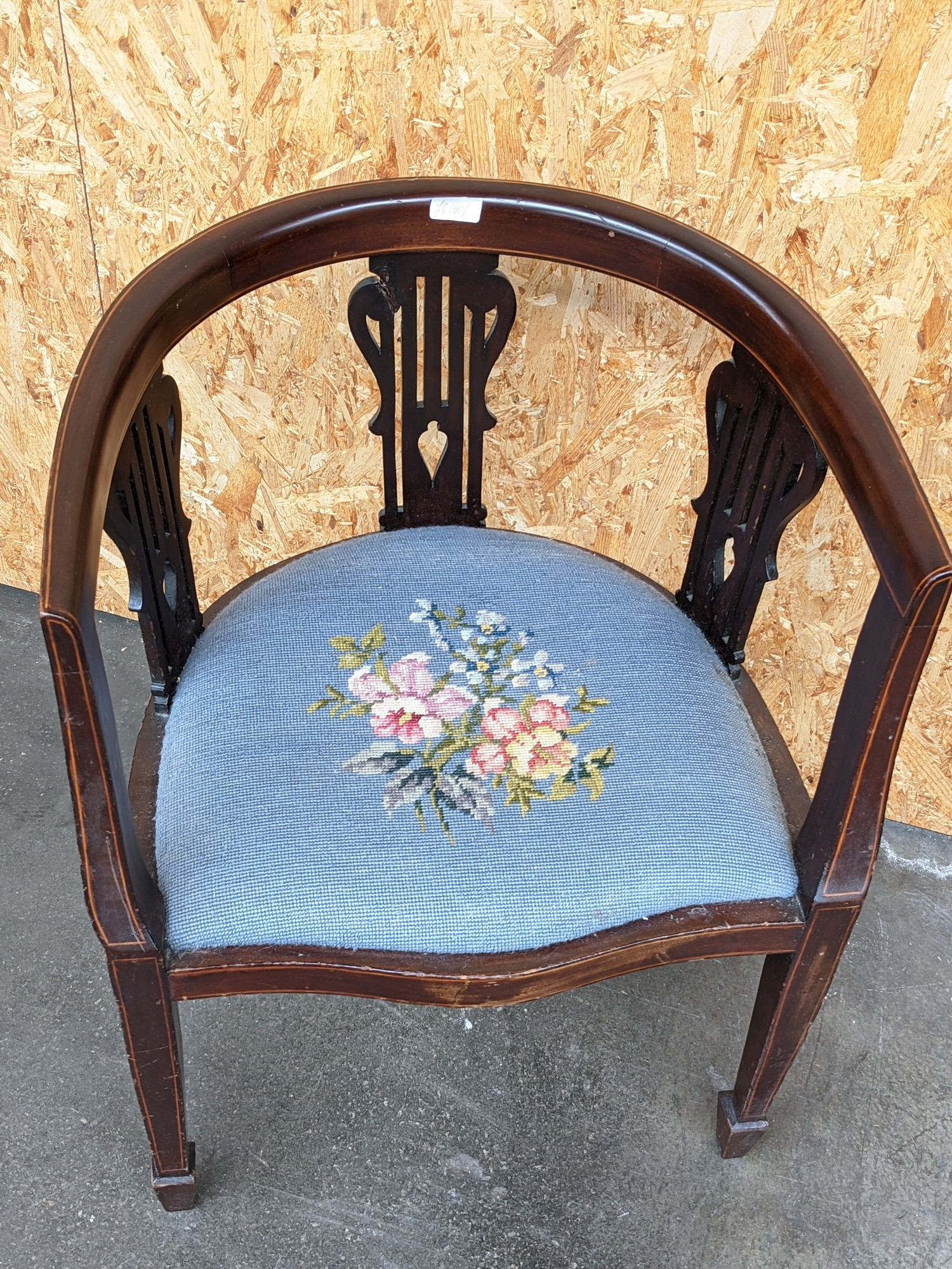 An Edwardian inlaid curved back arm chair, with three splat supports, upon pedestal legs, - Image 2 of 3
