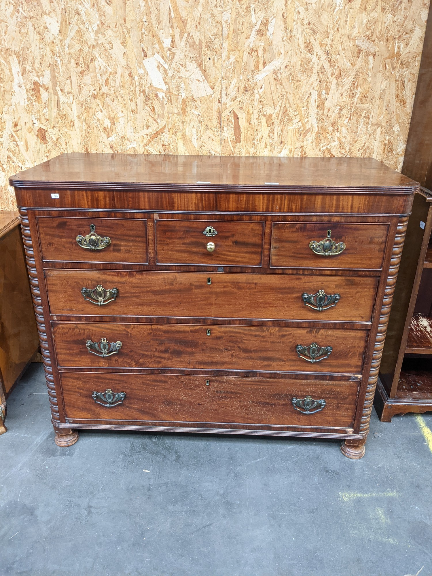 A Scottish Georgian chest of drawers flanked by bobble sides, upon 4 disc feet [height, 1m, width, - Image 2 of 4