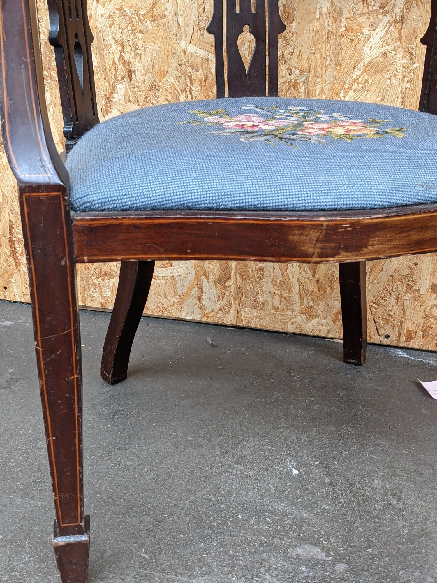 An Edwardian inlaid curved back arm chair, with three splat supports, upon pedestal legs, - Image 3 of 3