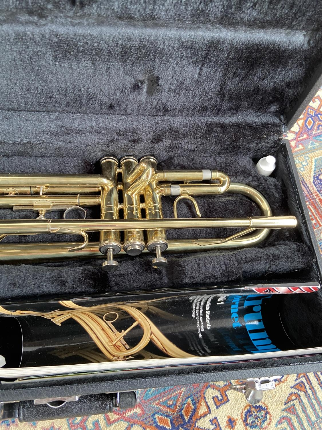 A Boosey & Hawks 800 trumpet, with mouthpiece & carry case - Image 3 of 7