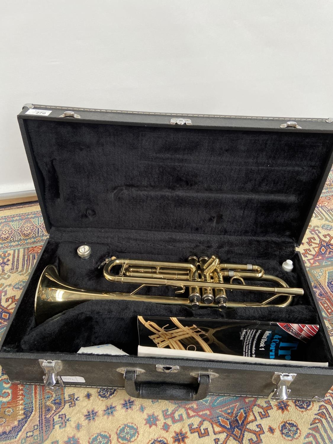 A Boosey & Hawks 800 trumpet, with mouthpiece & carry case