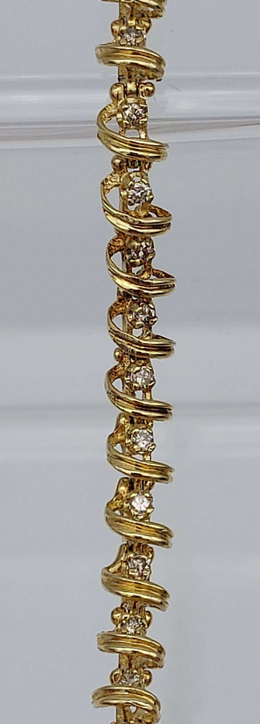 A 14ct yellow gold bracelet made up of 32 diamond panels [1ct approx] [9.58g] - Image 4 of 6