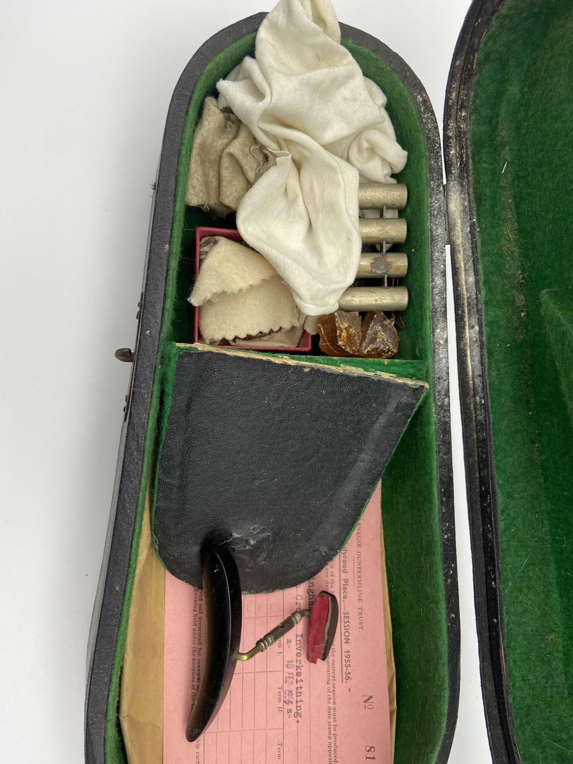 Antique Le Marquis Delair D'Oiseaux Anno Paris Violin with case and two bows. One bow is impressed - Image 10 of 10