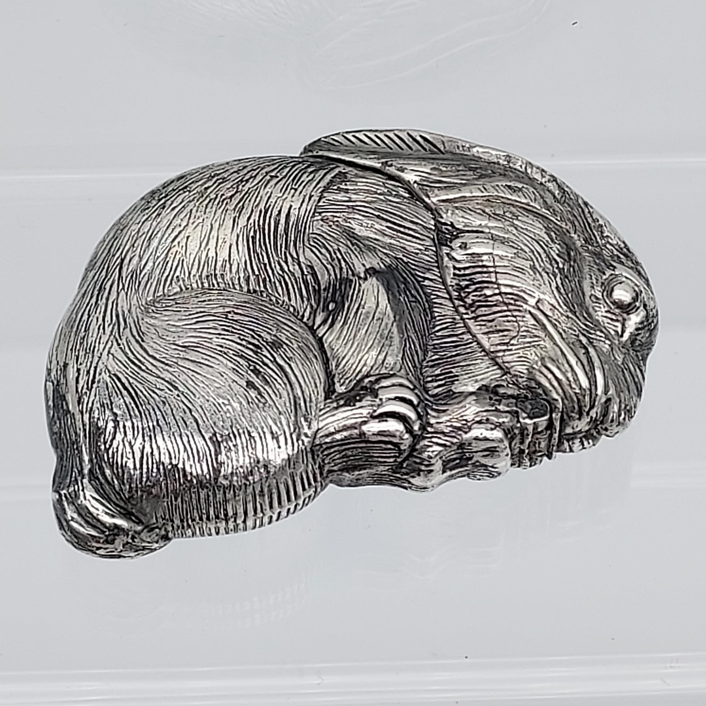 A silver plated vest case in the form of a rat [56.44g]