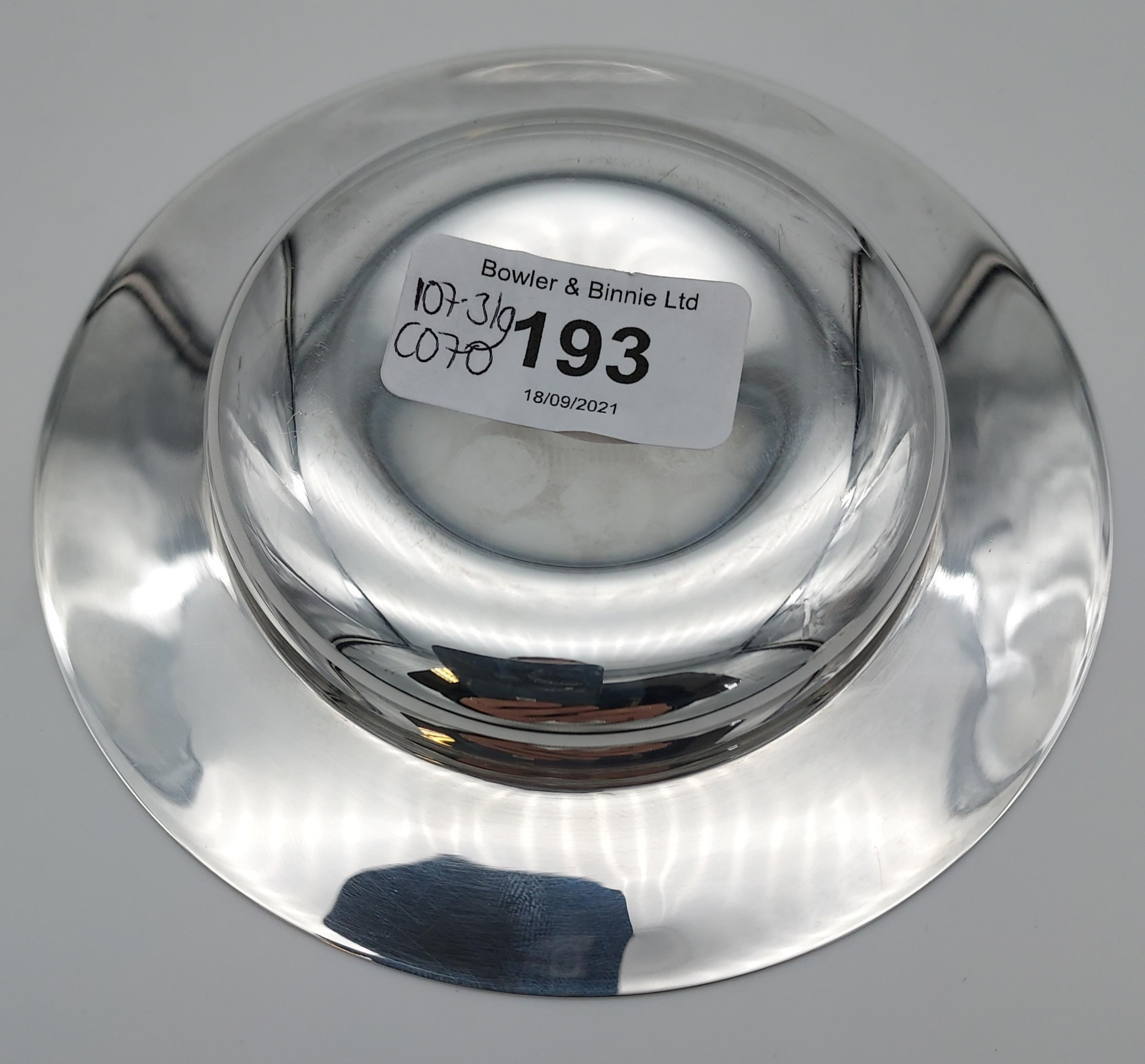 A Sheffield silver dish. [13cm in diameter] [[107.31grams] - Image 7 of 7