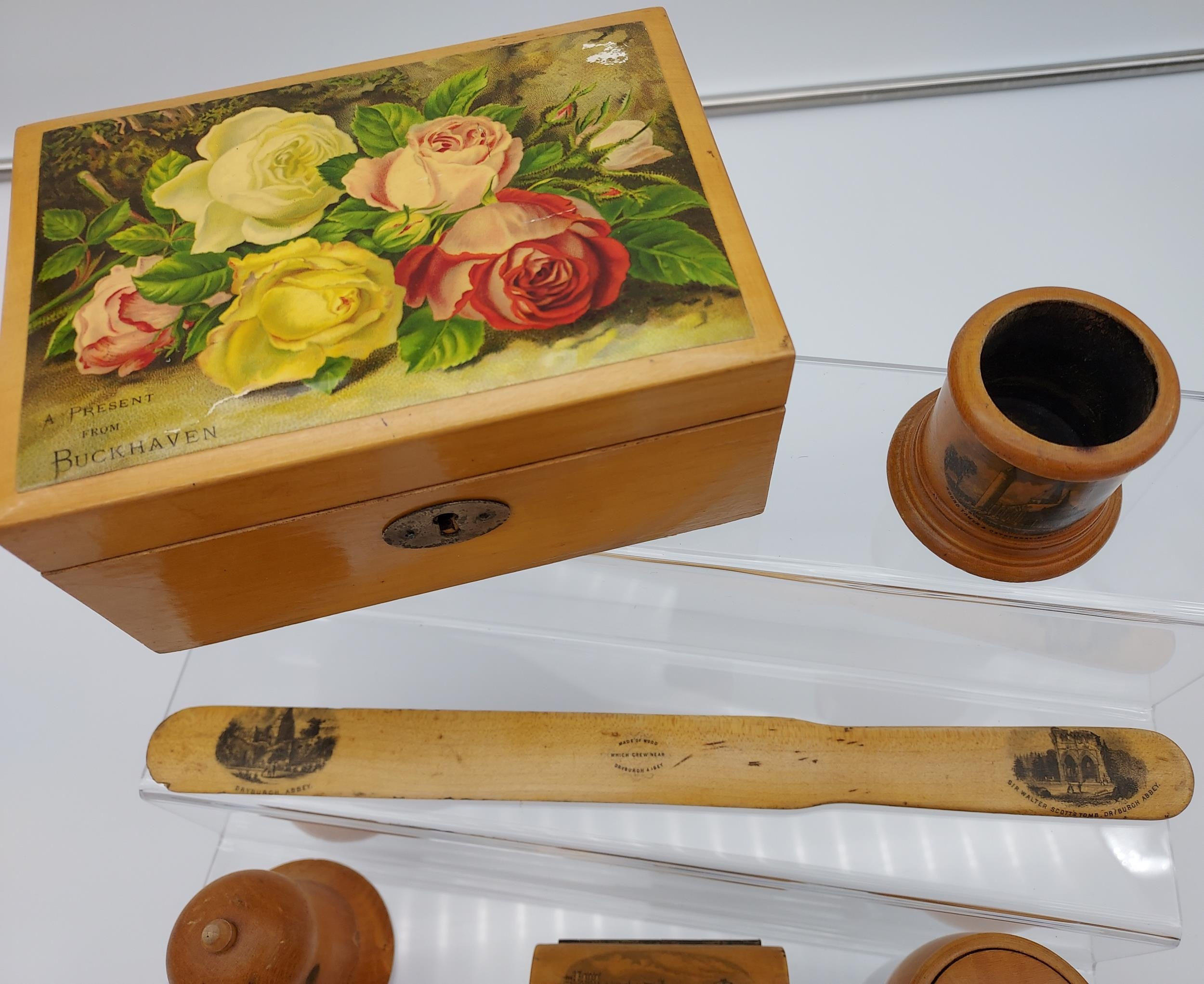 A Collection of 11 various pieces of Mauchline ware which includes Ring box, Blotter, Horse shaped - Image 6 of 6