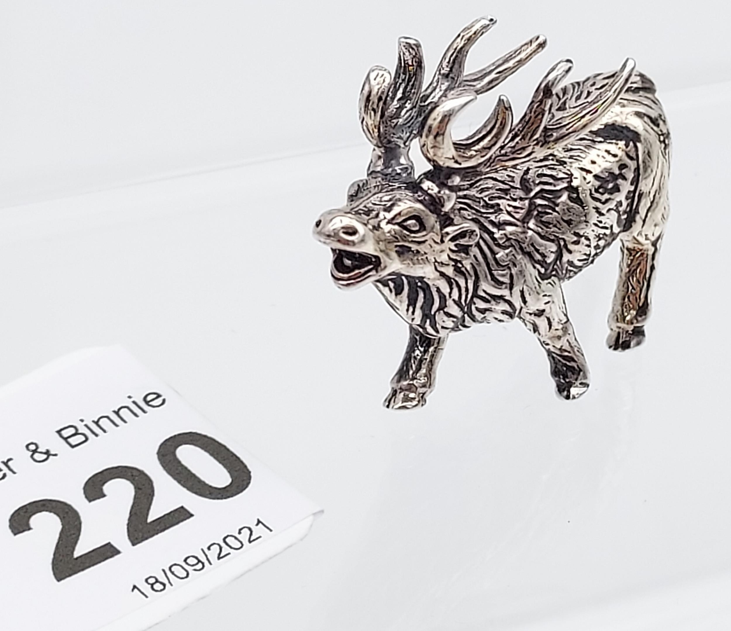 A silver figure of a rutting stag [13.75g] - Image 2 of 3