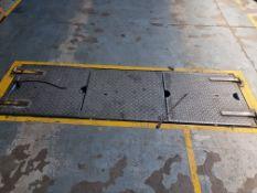 """Floor sunk """"Rolling Road Test"""" Mechanism"""