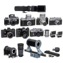 7 ostdeutsche und russische Objektive und Kameras1) Praktiflex Nr. 22915, Victar 2,9/5 cm, alles