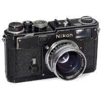 Nikon S3 schwarz, um 1958 Nippon Kogaku, Japan. 1) Nikon S3 schwarz, Nr. 6312163, technisch voll